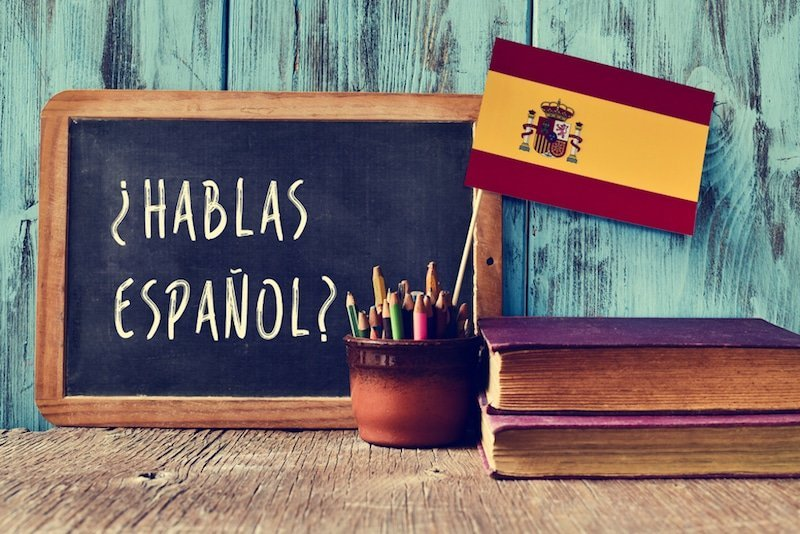 Spanish for Dummies: Learn the Basics to Start a Conversation